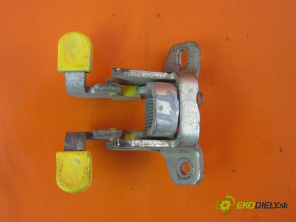 doraz dvierka pt  FIAT FIORINO III 1.3 D MULTIJET 199 A9.000, 199 A2.000 manual 0 5 55,00000000 75