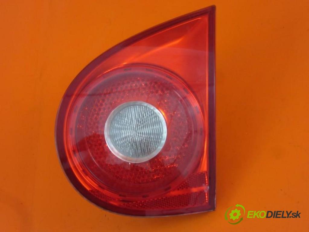 svetlo dvere kufra 1K6945094E VW GOLF V 1.9 TDI BXF, BRU, BXJ manual 0 5 66,00000000 90 3