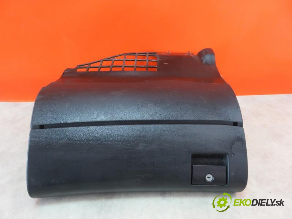 priehradka, kastlík 8D1857035 AUDI A4 B5 1.9 TDI AFN, AVG manual 0 5 81,00000000 110