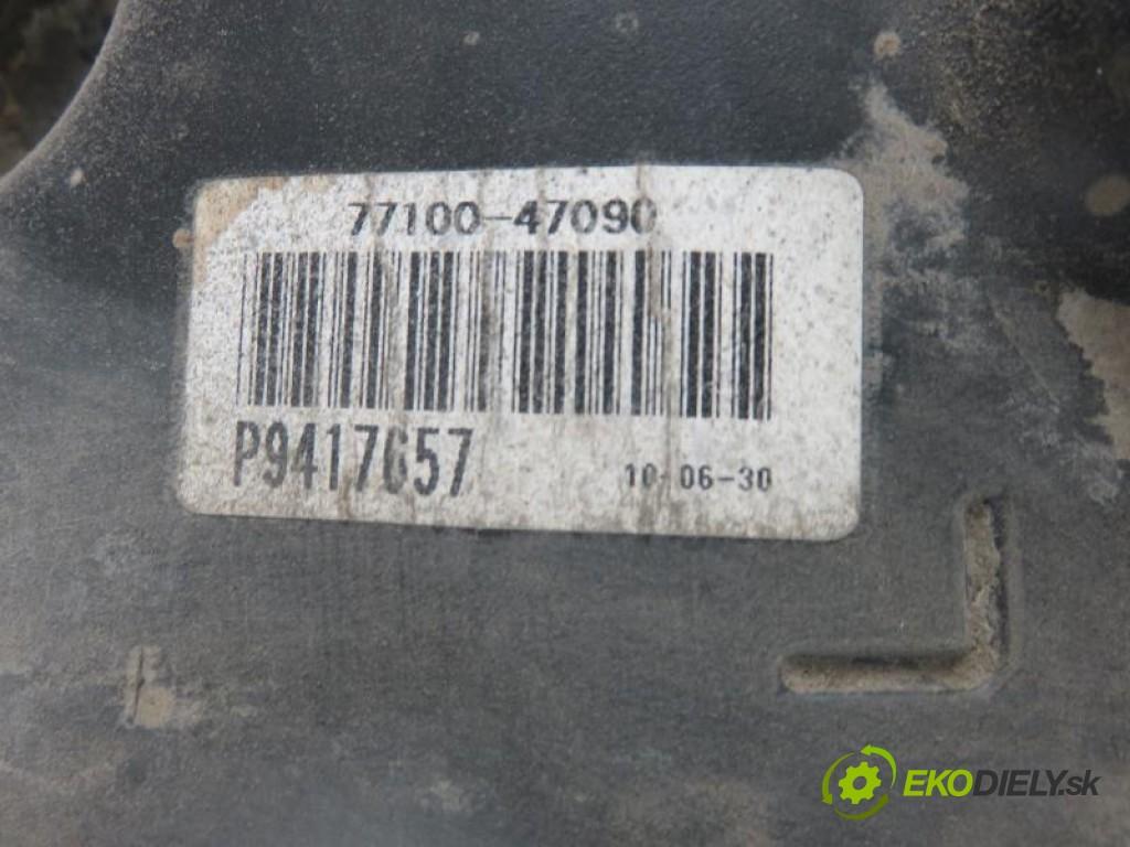 nádržka paliva benzín 771110BJ00/7710047090/ TOYOTA AURIS I 1.8 HYBRID 2ZR-FXE automatic 0 0 73,00000000 99 5