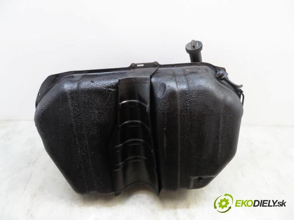 nádržka paliva benzín  HONDA CR-V – I 2.0 16V (RD1, RD3) B20B manual 0 5 94,00000000 128 5