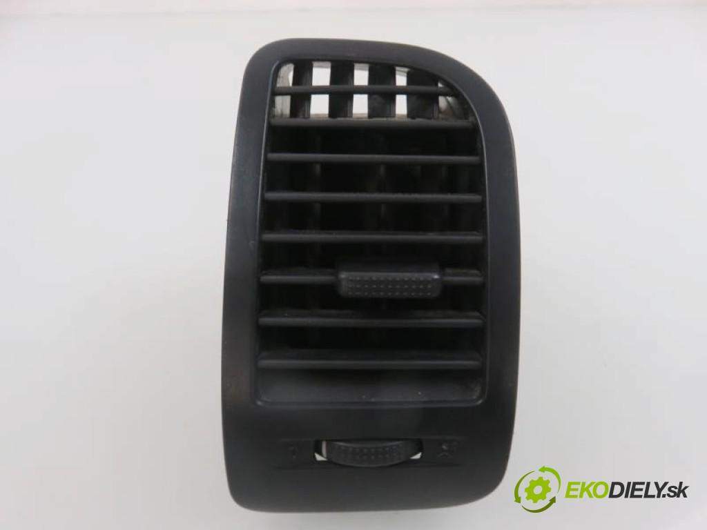 mriežky kúrenia pravá  VW POLO III FL 1.0 MPI ALD,AUC manual 0 5 37,00000000 50 3
