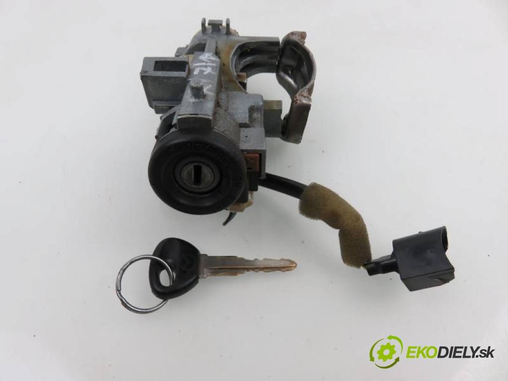 spinačka  MAZDA 323 F VI 2.0 DITD RF4F manual 0 5 74,00000000 101 5