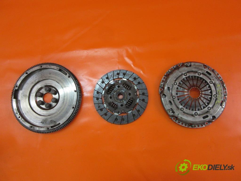 koleso zotrvačníkové R03C105273K  ,  03C141031D SKODA SUPERB II 1.4 TSI CAXC  0 0 92,00000000 125