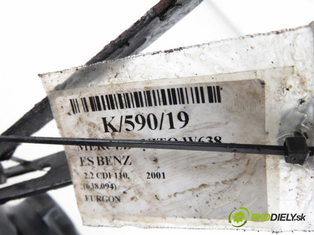 MERCEDES BENZ VITO W638 2.2 CDI 112 (638.094) OM 611.980 manual 0 5 90,00000000 122  nádržka servočerpadlo
