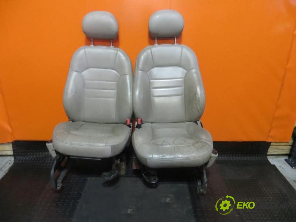 sedadlá, sedačky -  JEEP LIBERTY I 3.7 226CID V6 FI(K) SOHC  manual 0 4 155,00000000 211 5