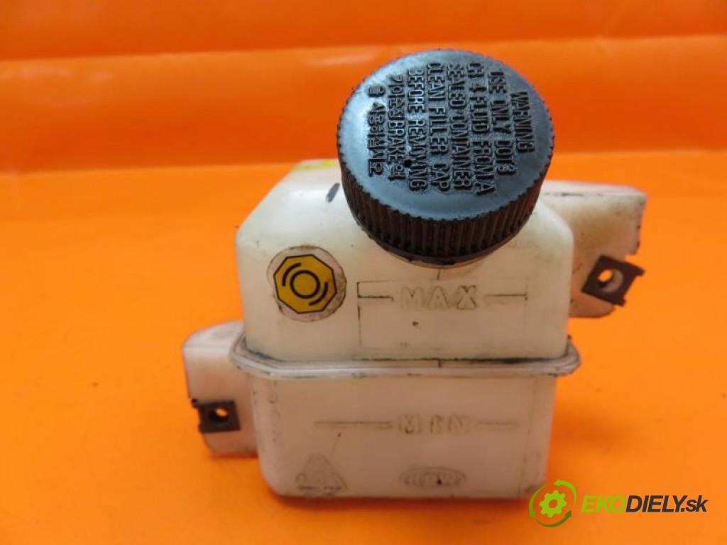 nádržka - brzdový  KIA K2700 2.7 D J2 manual 0 5 59,00000000 80 5