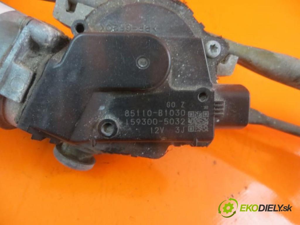 - motorček stieračov 85110B1030 DAIHATSU SIRION 1.3  manual 0 5 0,00000000 91 5