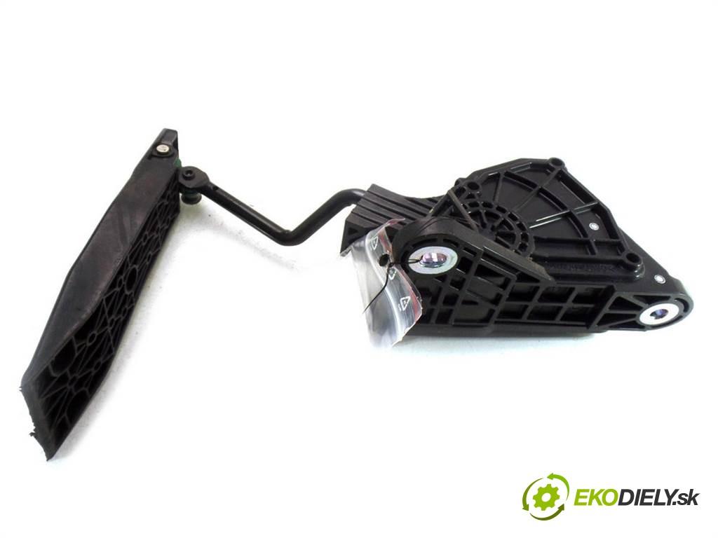 potenciometer plynového pedálu  Honda Civic VIII       0