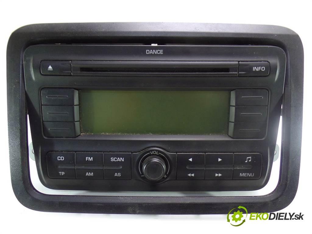 radio 5J0035161A Skoda Fabia II       0