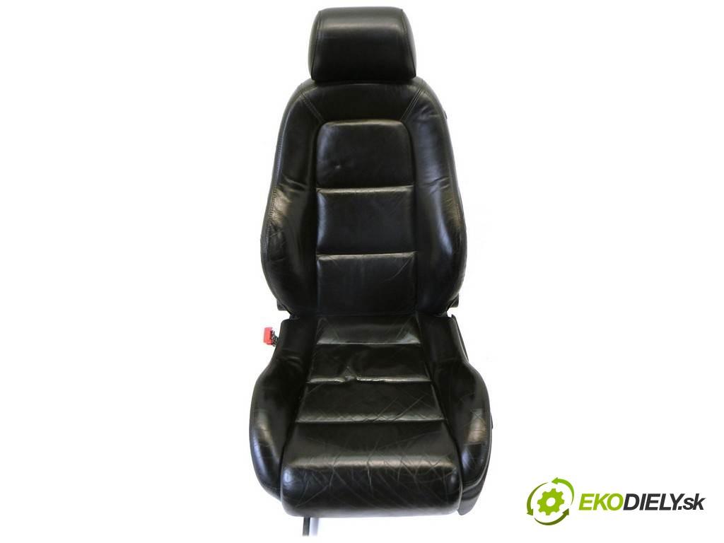 sedadlo ľavy  Audi TT Coupe       0
