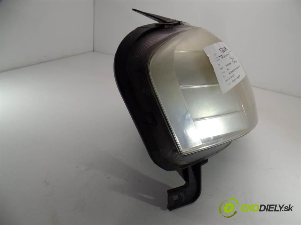 svetlo pravy  Volkswagen Fox       0