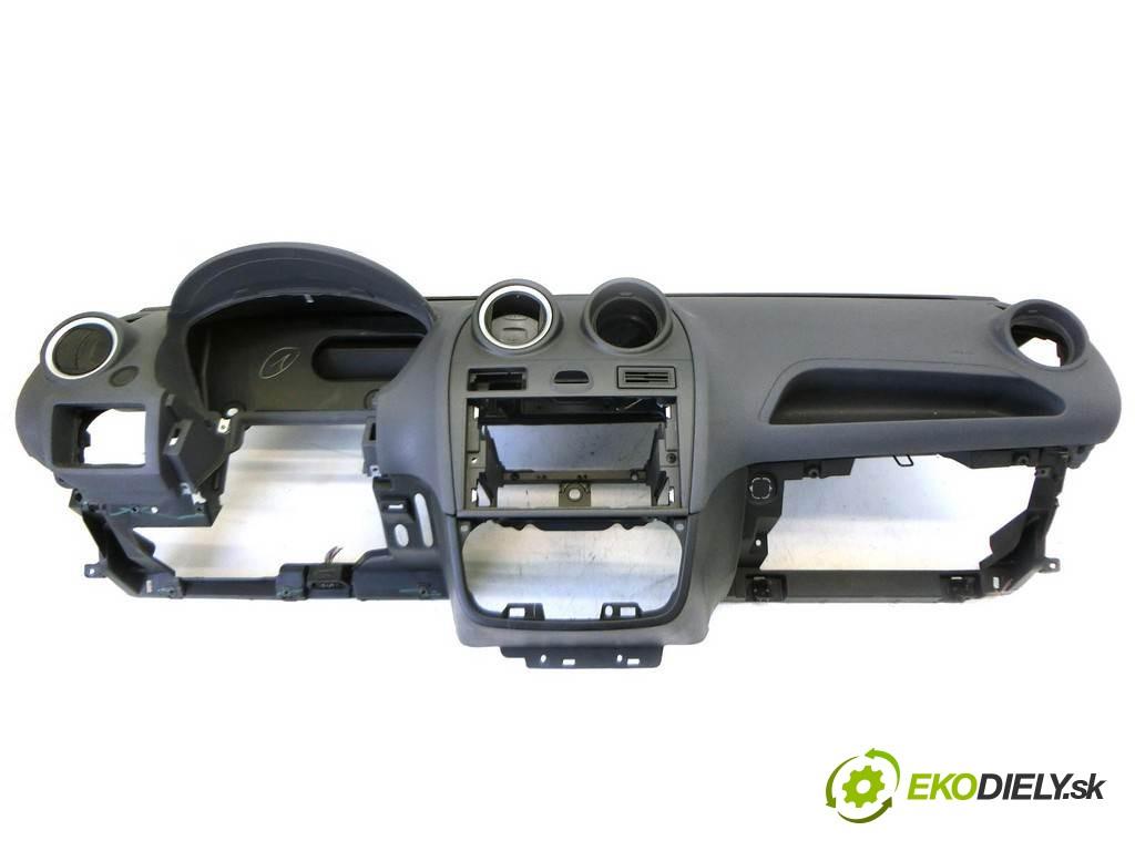 palubná doska  Ford Fiesta V       0