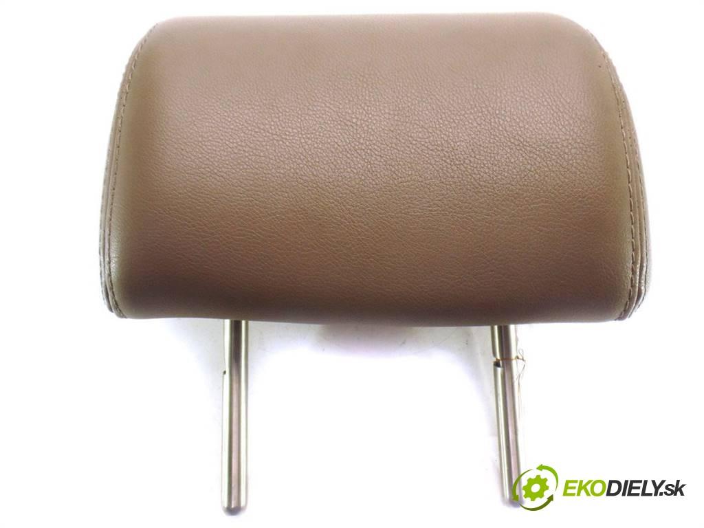 podhlavník sedadla koža  Volkswagen Passat B6       0