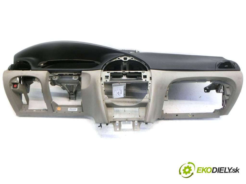 palubná doska  Citroen C5       0