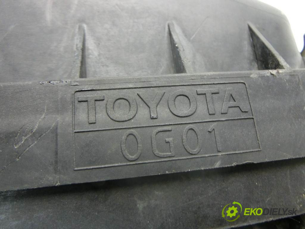 obal filtra vzduchu  Toyota Corolla Verso II       0
