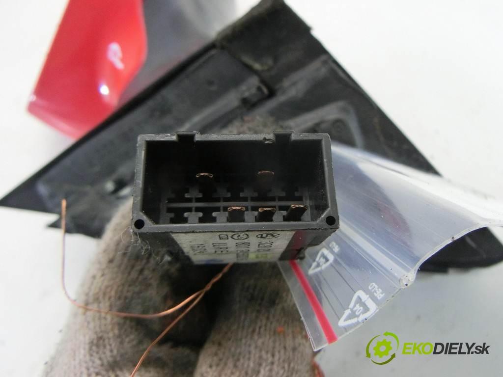 zpětné zrcátko pravé  Audi A4 B5 FL       0