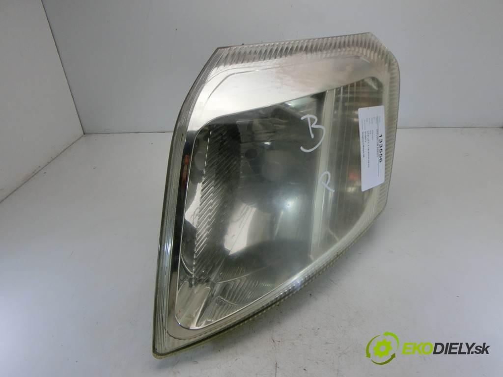 svetlo pravy  Citroen C2       0