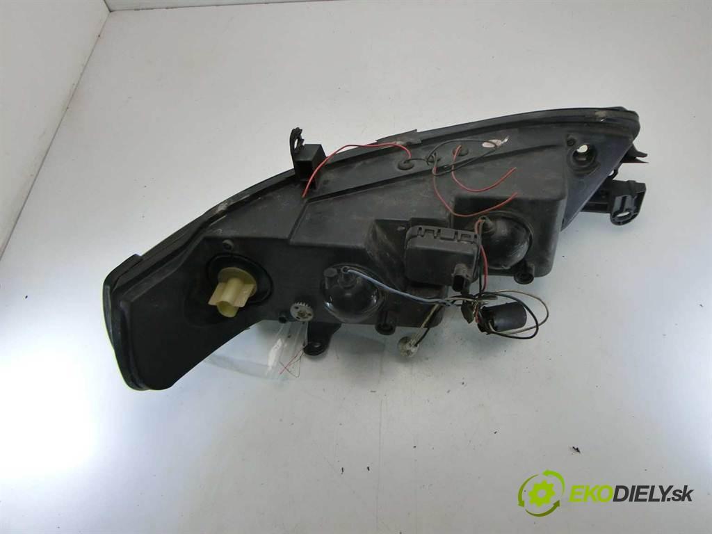 svetlo pravy šošovka  Opel Vectra B       0