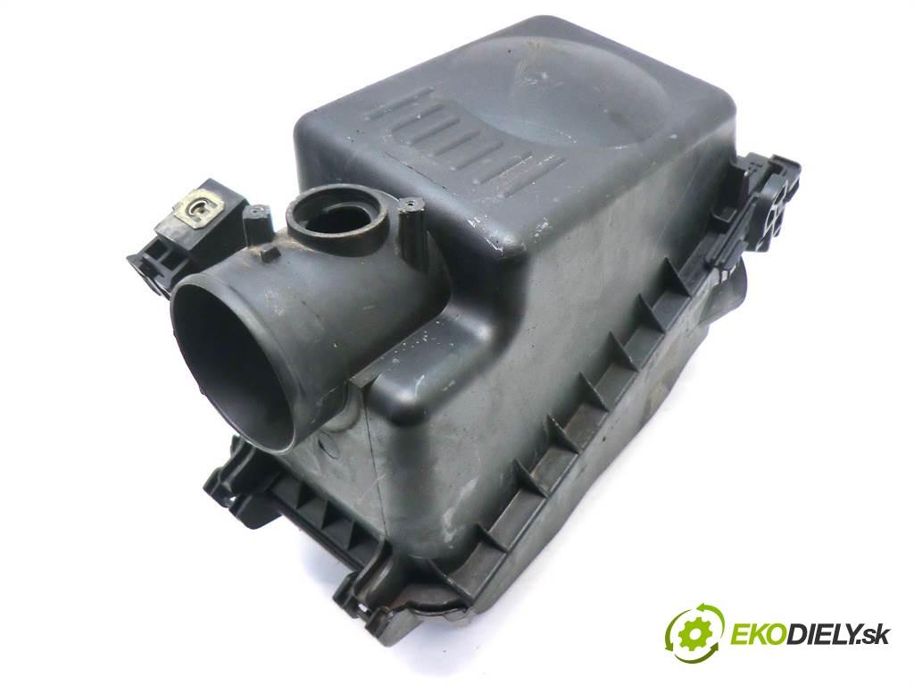 obal filtra vzduchu 17705-0D041 Toyota Avensis II T25       0
