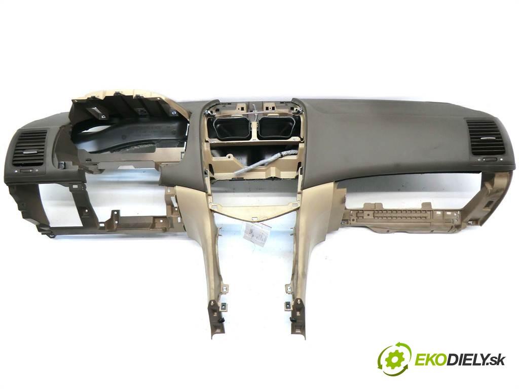 palubná doska  Honda Accord VII USA       0
