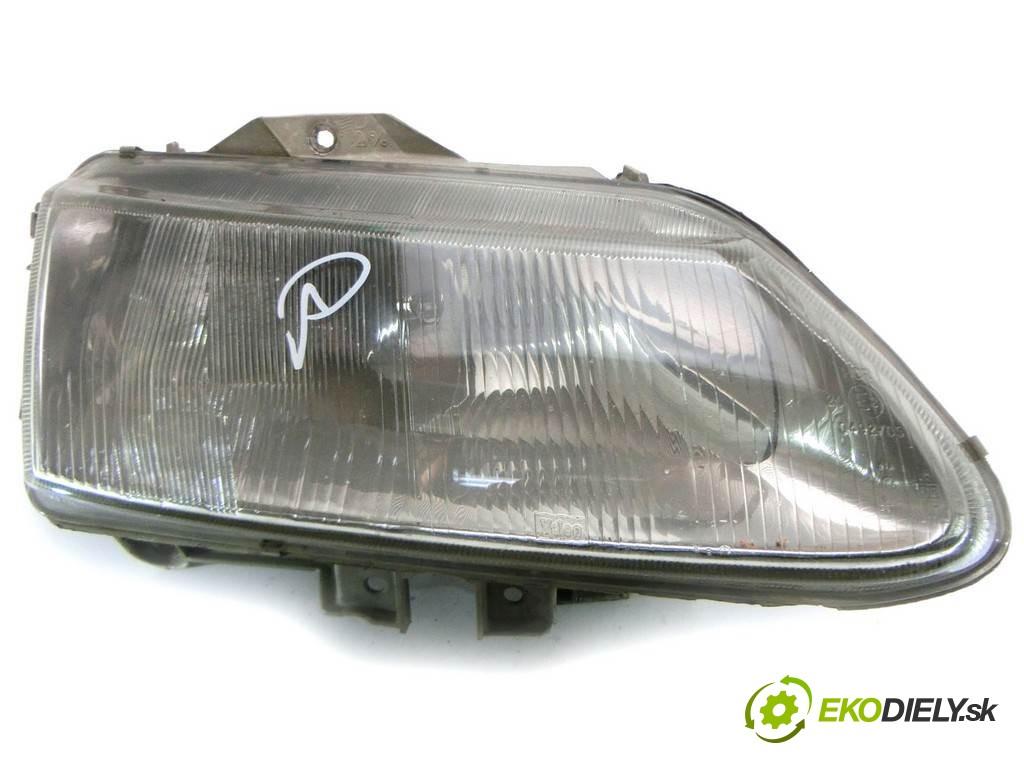svetlo pravy  Renault Espace III       0