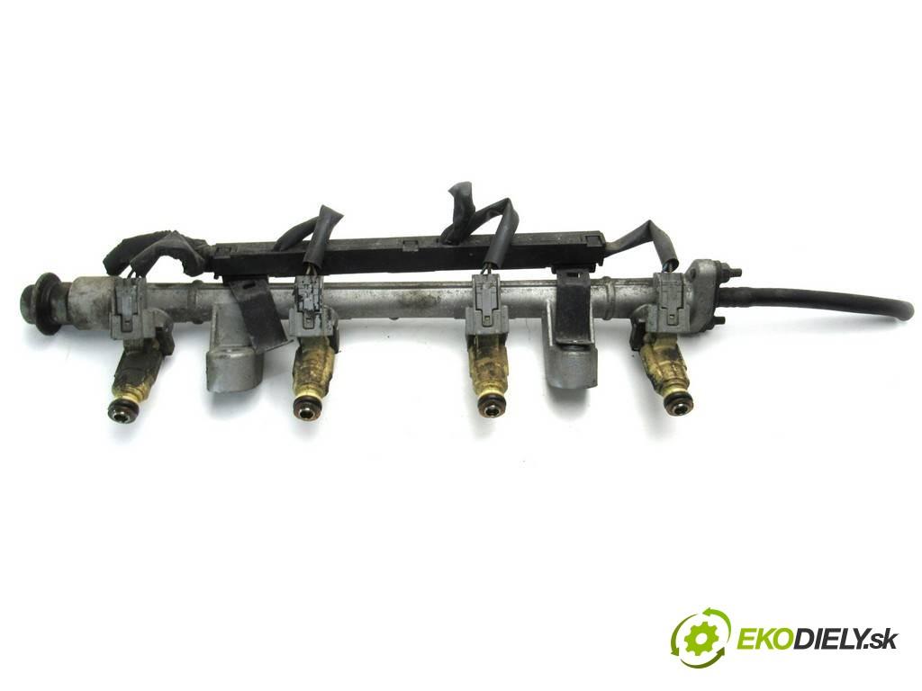 lišta vstrekovacia vstrekovacie ventily 85310-23600 Hyundai Tiburon Coupe II       0