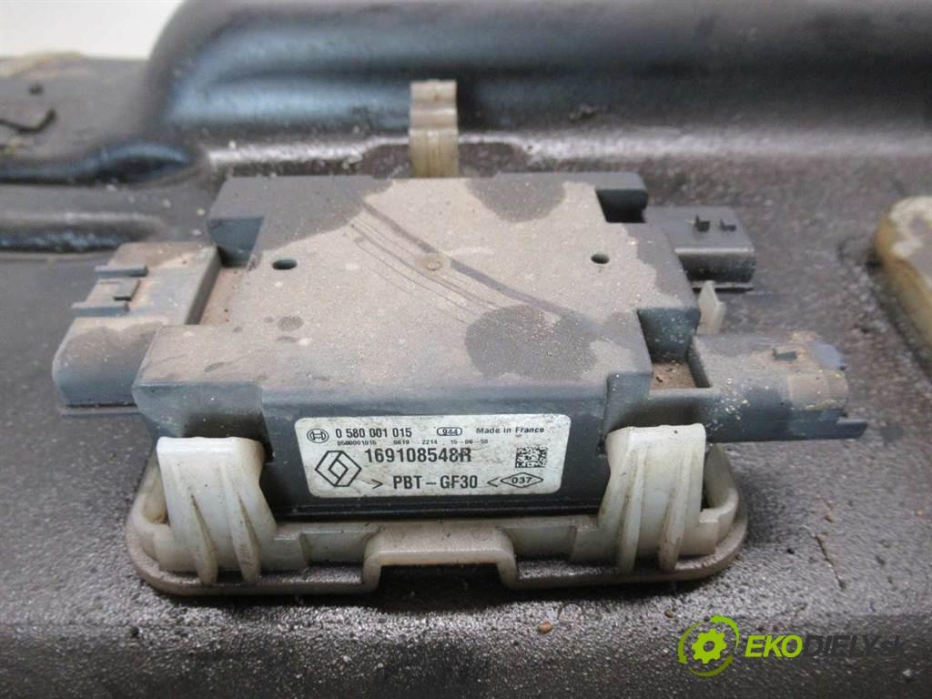 nádrž  Opel Movano B       0
