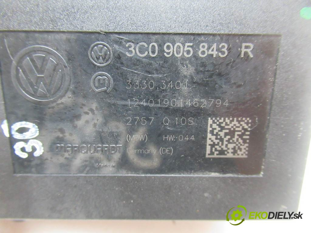VOLKSWAGEN PASSAT B6 KOMBI 5D 2.0TDI 140HP 05-10 spinačka  org. čis.  3C0905843R