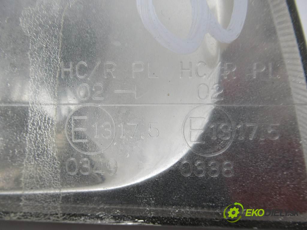 Kia Sportage       0  svetlo pravy