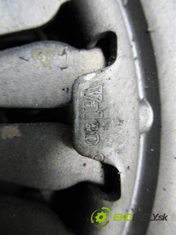 Citroen C3    HATCHBACK 5D 1.4B 79HP 02-09     spojková sada (bez ložiska) komplet