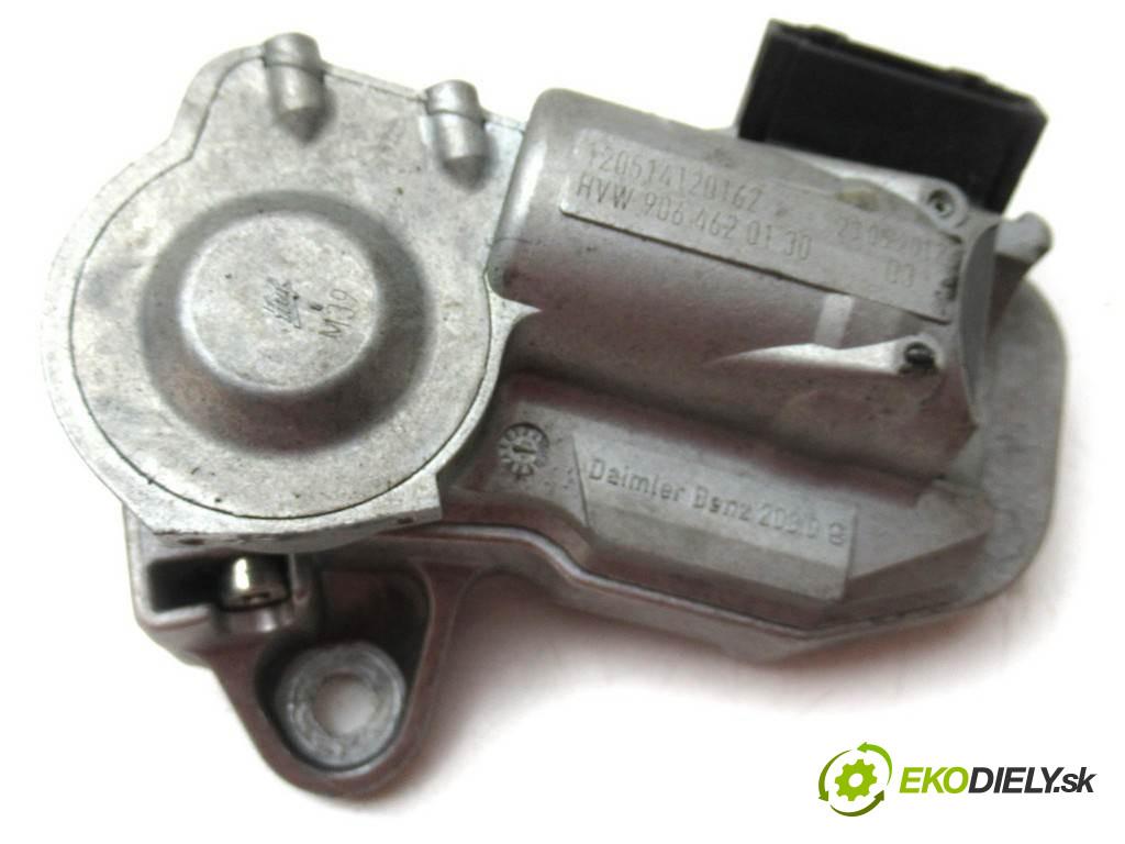 Volkswagen Crafter       0  blokáda volantu 9064620130